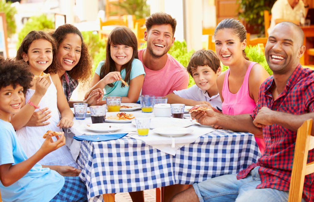 3 Kid-Friendly Restaurants to Try in Holden Beach